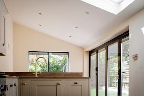 Victorian House Extension by RS Architects: modern Kitchen by RS Architects