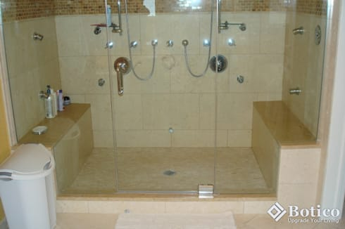 Mansfield Bathroom Remodeling: classic Bathroom by Botico