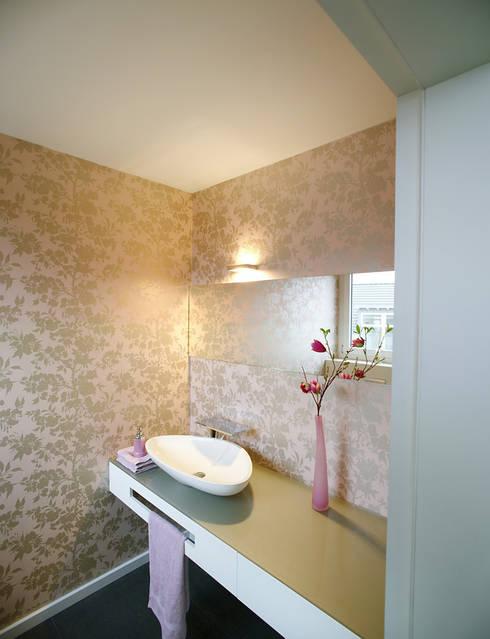Neubau - Gäste-WC: moderne Badezimmer von  Angelika Wenicker - Vollbad
