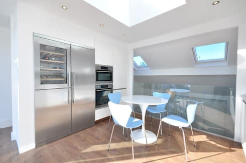 Lindrop Road - Kitchen: modern Kitchen by Amorphous Design Ltd