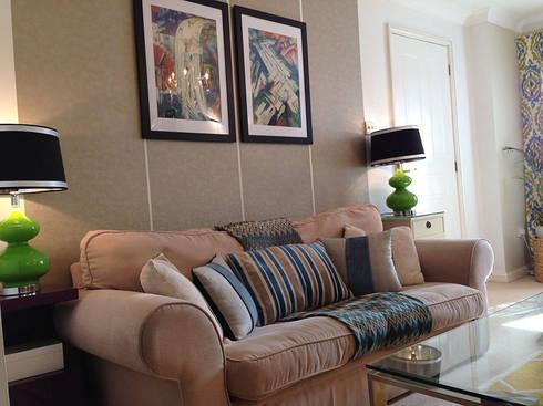 Living room: eclectic Living room by Karolina Barnes Studio