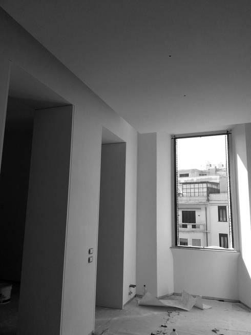 Casa MB_work in progress: Finestre in stile  di laboratorio di architettura - gianfranco mangiarotti