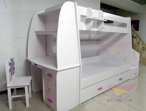 Practica y muy dulce litera triple: Recámaras de estilo moderno por camas y literas infantiles kids world
