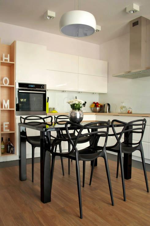 KROPLE KOLORU: styl , w kategorii Kuchnia zaprojektowany przez IMPAST
