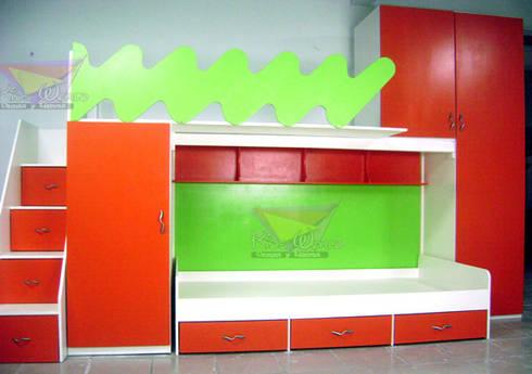 litera triple juvenil con muebles laterales