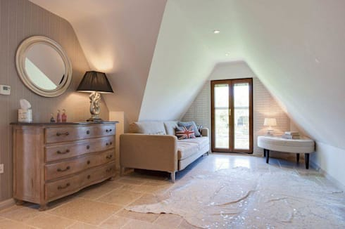 Guest room: eclectic Living room by Stunning Spaces Ltd