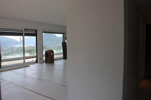 Penthouse Lugano:  in stile  di NOMADE ARCHITETTURA E INTERIOR DESIGN