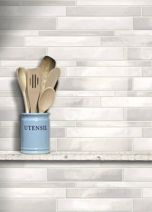 Le piastrelle per cucina moderne e utili for Mattonelle adesive per cucina