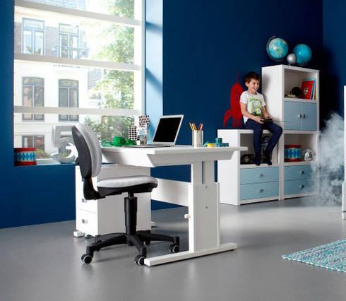 schreibtische nicht nur f r das kinderzimmer por. Black Bedroom Furniture Sets. Home Design Ideas