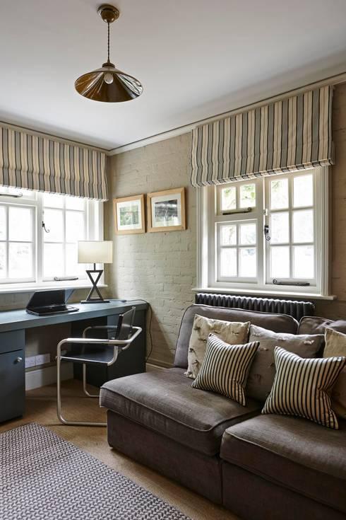 Arbeitszimmer von Charlotte Crosland Interiors