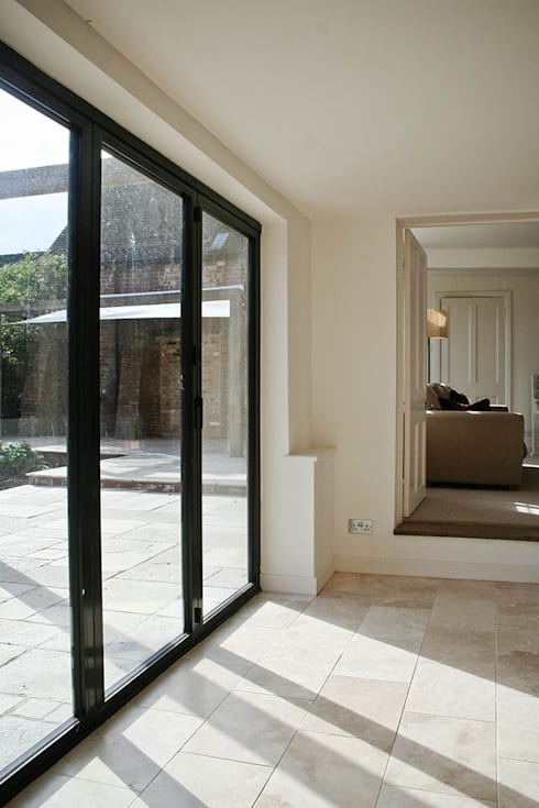 Paddock End:  Windows & doors  by Seymour-Smith Architects