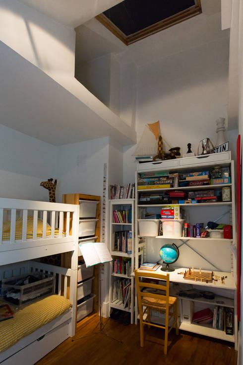 Projekty,  Pokój dziecięcy zaprojektowane przez Christèle BRIER Architechniques