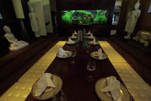 Exotic Thai Restaurant:  Gastronomy by Aquarium Architecture