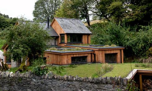 Play Barn, Wales:   by Jeff Kahane + Associates