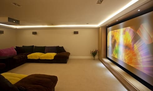 Home Cinema: classic Media room by Inspire Audio Visual