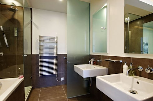 PROJECT: A 2-bed apartment in Bayswater.: modern Bathroom by Anna Hansson Design