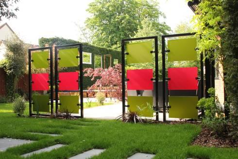 The Gallery Garden: modern Garden by Cool Gardens Landscaping