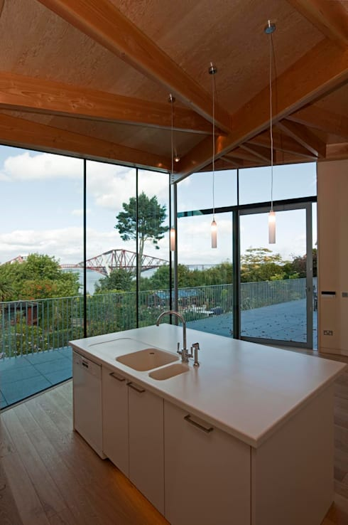 South Queensferry - kitchen: modern Houses by ZONE Architects