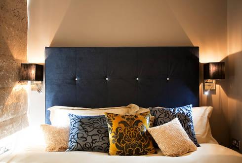 The master bedroom : eclectic Bedroom by Matteo Bianchi Studio