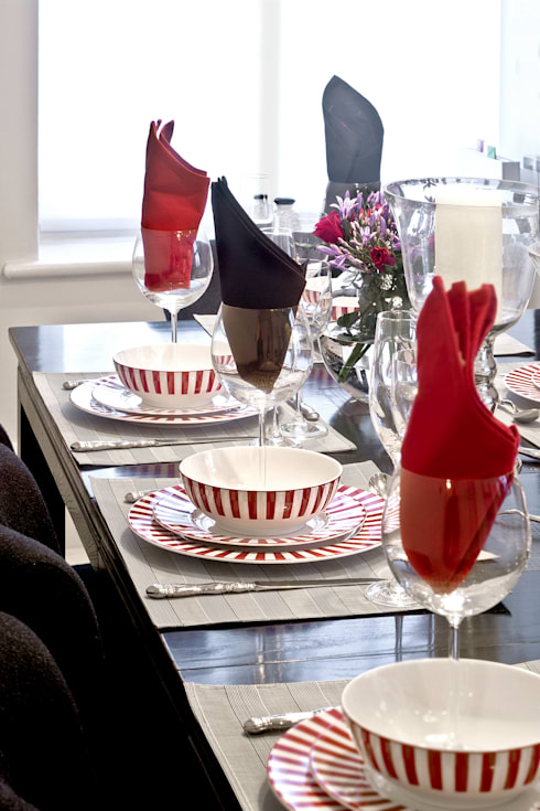 Salle à manger de style  par Eliska Design Associates Ltd.