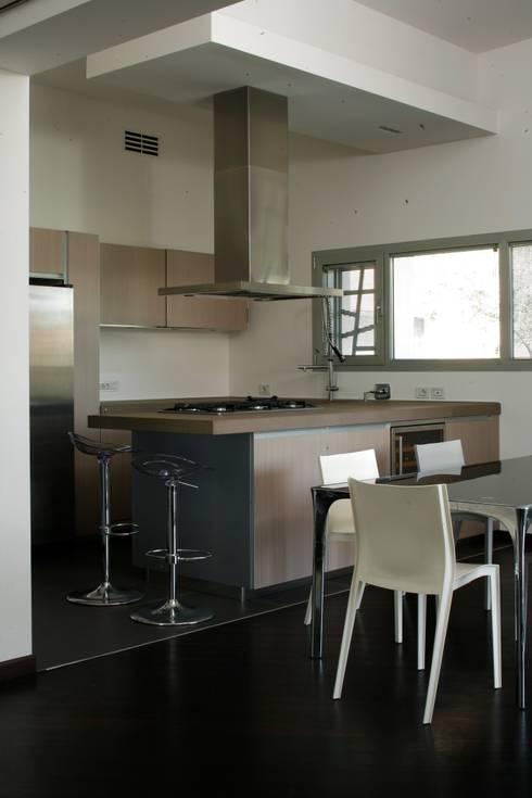 cucina: Case in stile  di OPEN PROJECT