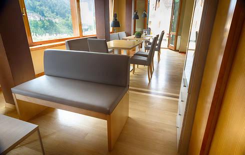 Panche tavoli e sedie per l 39 albergo ristorante ai sette for Panche imbottite