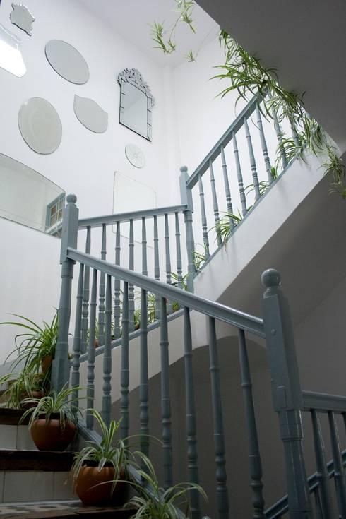 Casa Josephine:  tarz Koridor ve Hol