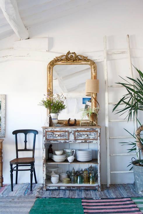 Гостиная в . Автор – Casa Josephine