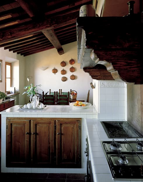 rustic Kitchen by Acquario Due