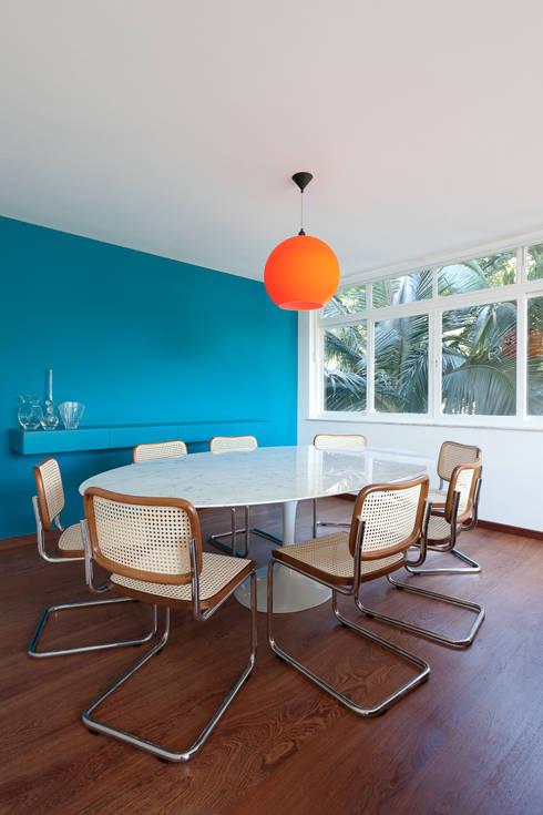 Salas de jantar  por Suite Arquitetos