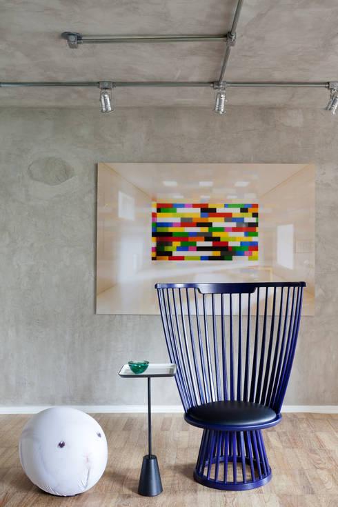 PROJETO PEIXOTO GOMIDE: Salas de jantar modernas por Suite Arquitetos