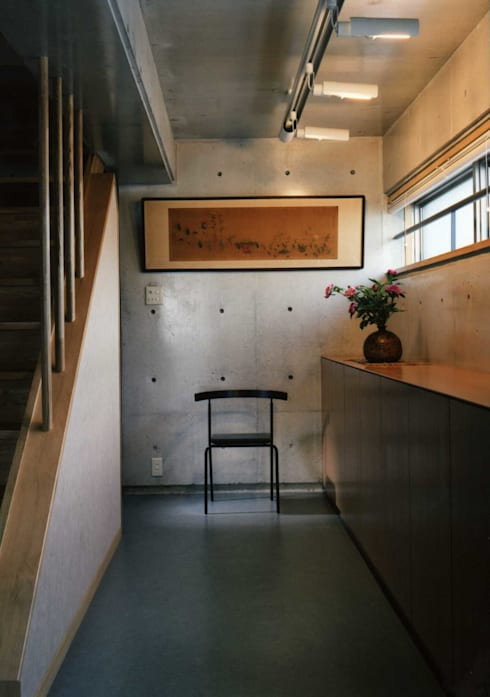 gallery: H.Maekawa Architect & Associatesが手掛けた壁です。