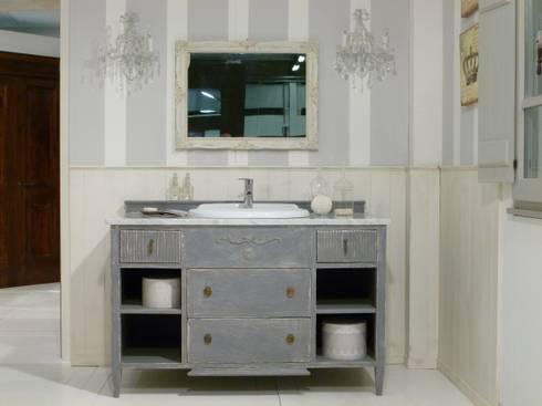 Mediterranean bathroom by la bottega del falegname mobile per