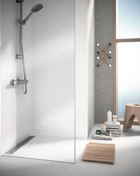 Baños de estilo moderno por JIMTEN