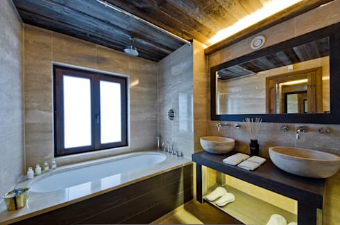 Courchevel France: modern Houses by Halo Design Interiors