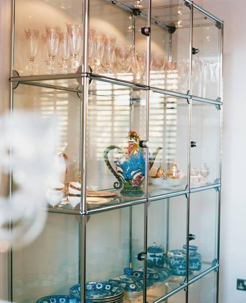 Wohnen mit USM: klassische Wohnzimmer von USM Möbelbausysteme