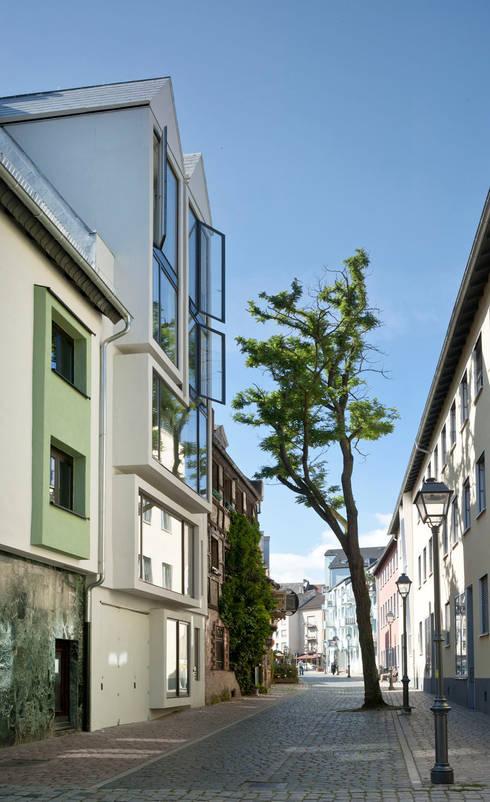 Paradiesgasse:  Häuser von Marie-Theres Deutsch Architekten BDA