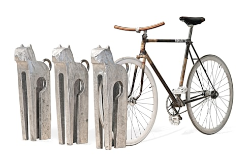 Mici...il porta bici: Giardino in stile in stile Eclettico di REALIZZATORI DI IDEE