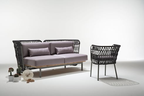 divano da esterno + poltroncina da esterno: Bagno in stile  di 4P1B Design Studio