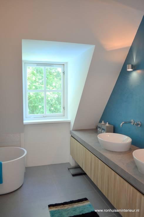 Badkamer door RON Stappenbelt, Interiordesign