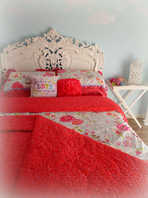 Interior Design and Room Staging: eclectic Bedroom by ULA Interiors