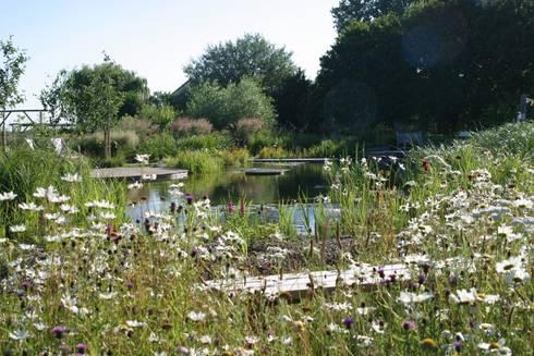 BIOTOP—The Garden of Eden:  Garden  by BIOTOP Landschaftsgestaltung GmbH
