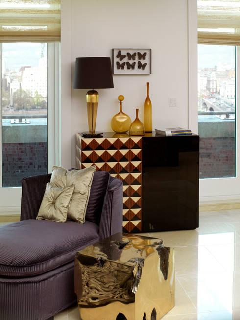 Luxury Private Apartment: modern Houses by Hartmann Designs Ltd