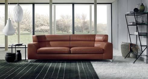 Sofá Moderno Josef: Salones de estilo moderno de Ámbar Muebles