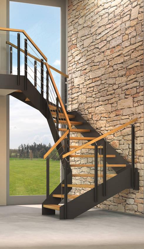 Corridor, hallway & stairs تنفيذ Treppenmeister Bickelmann GmbH