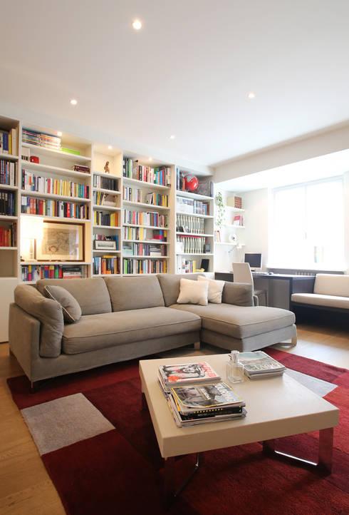 Soggiorno: Soggiorno in stile in stile Moderno di Filippo Colombetti, Architetto