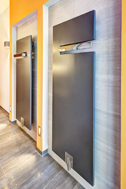 modern Bathroom by Innenarchitektin Katrin Reinhold