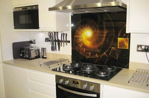Printed Kitchen Glass Splashbacks: modern Bedroom by bohdan.duha