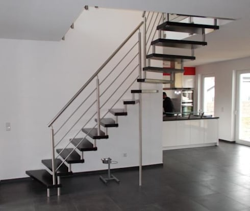 treppen di jenniches treppen homify. Black Bedroom Furniture Sets. Home Design Ideas