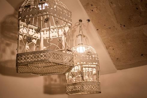 Il claustro_Albergo diffuso: Camera da letto in stile in stile Mediterraneo di B+P architetti
